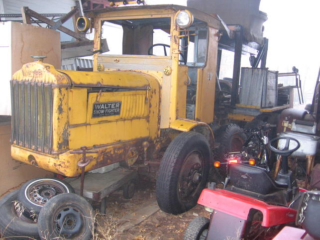http://www.badgoat.net/Old Snow Plow Equipment/Truck Collections/Leo Frank's Truck Collection/GW643H482-1.jpg